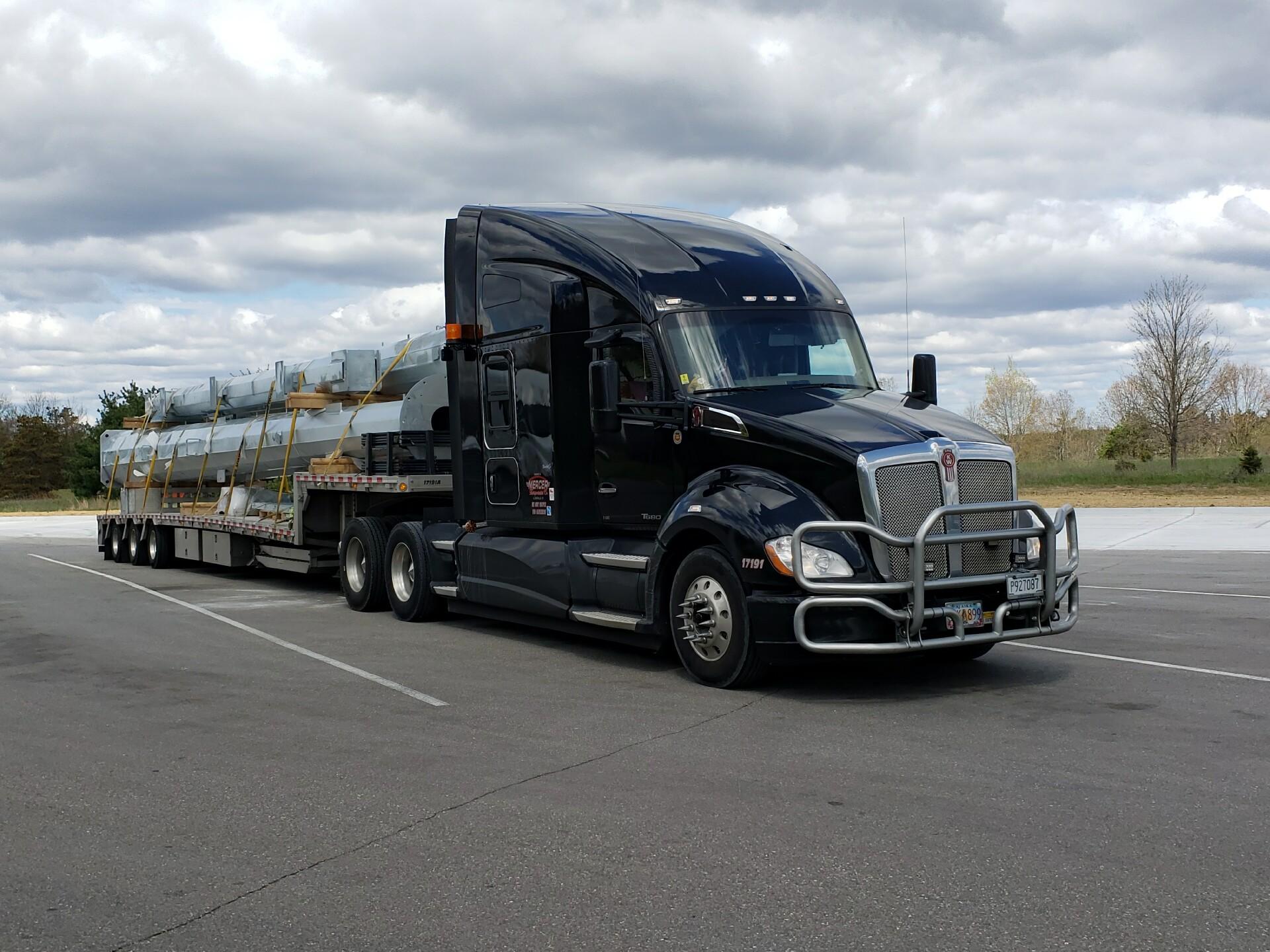 t-680 truck haul
